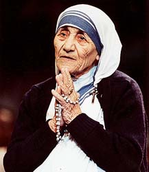 life history of mother teresa in short